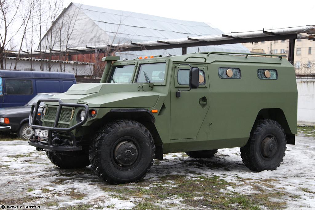 Специальная бронированная машина СБМ ВПК-233136 (Special armored vehicle SBM VPK-233136)