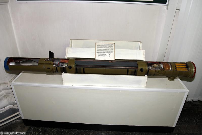 ПТУР 9М114 ПТРК 9К114 Штурм-С (9M114 ATGM for 9K114 Shturm-S system)