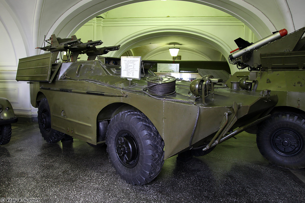 Пусковая установка 2П27 ПТРК 2К16 Шмель (2P27 combat vehicle 2K16 Shmel ATGM system)