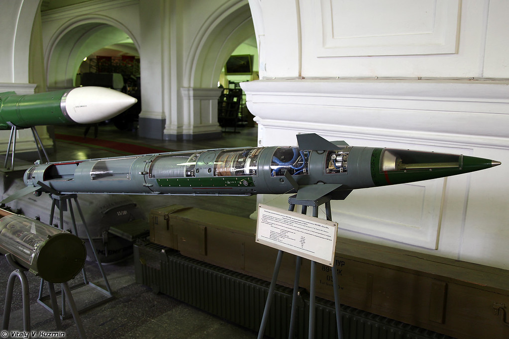 ЗУР 9М33М2 ЗРК 9К33М2 Оса-АК (9M33M2 SAM for 9K33M2 Osa-AK system)