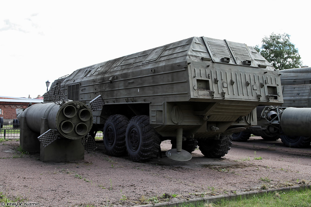 Пусковая установка 9П71 ракетного комплекса 9К714 Ока (9P71 TEL 9K714 Oka missile system)