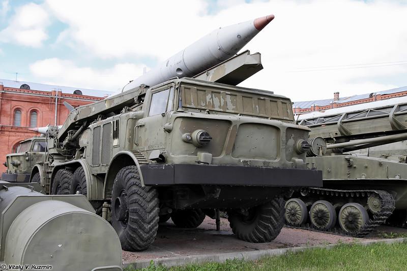 Пусковая установка 9П113 ракетного комплекса 9К52 Луна-М (9P113 TEL 9K52 Luna-M missile system)