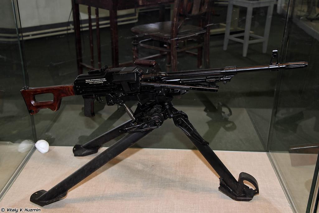 7,62-мм станковый пулемет ПКС (7.62mm machine gun PKS)