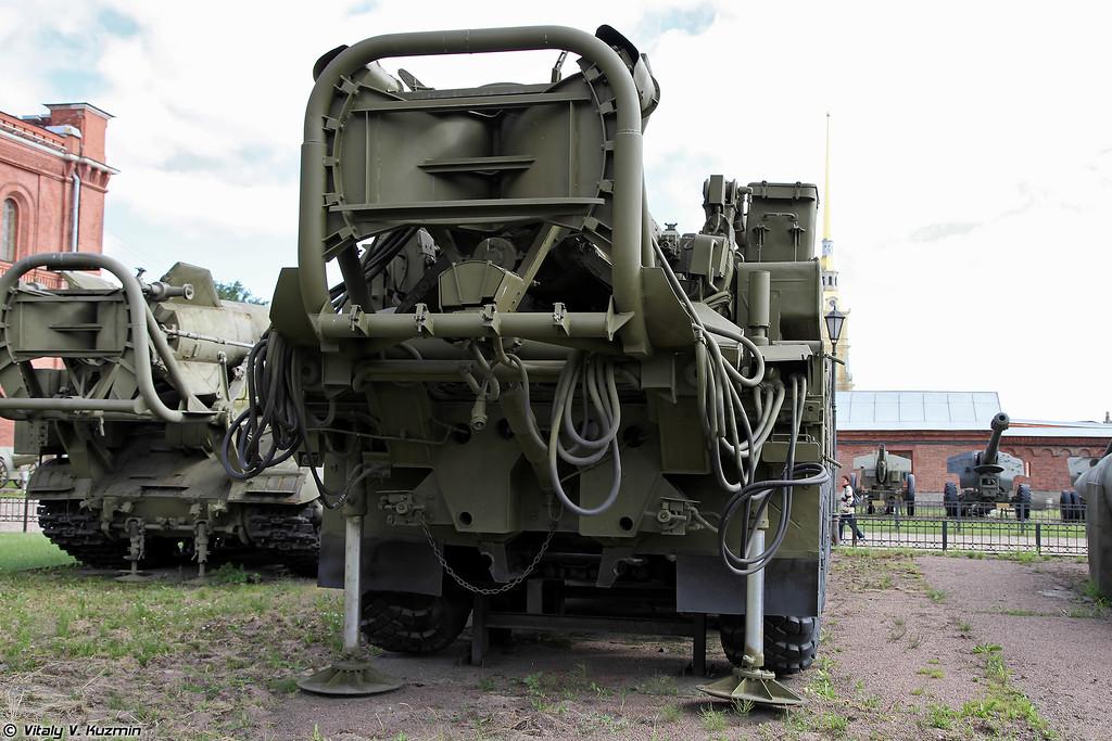 Пусковая установка 9П117 ракетного комплекса 9К72 Эльбрус (9P117 TEL 9K72 Elbrus missile system)