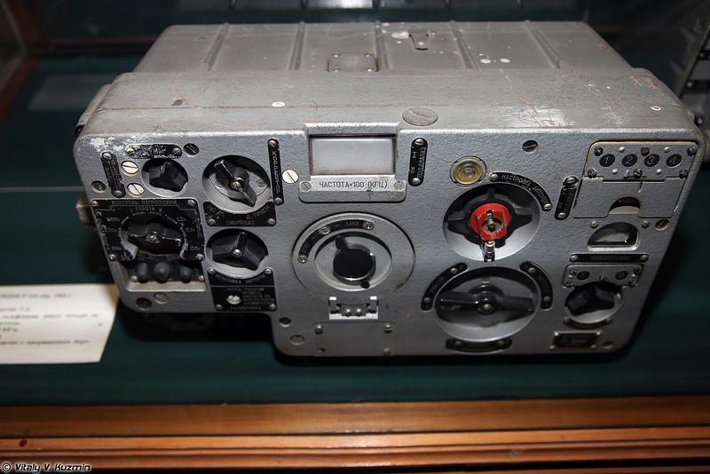 Радиостанция Р-123 образца 1962 г. (R-123 radio 1962 model)