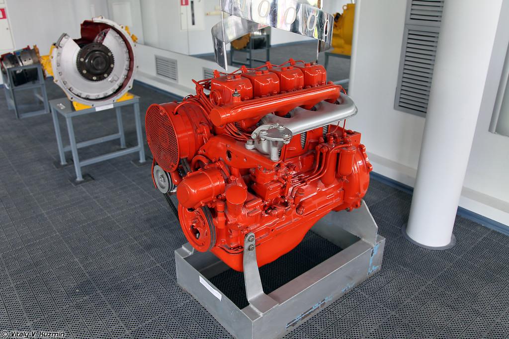 Двигатель Д37Е (VTZ D37E engine)