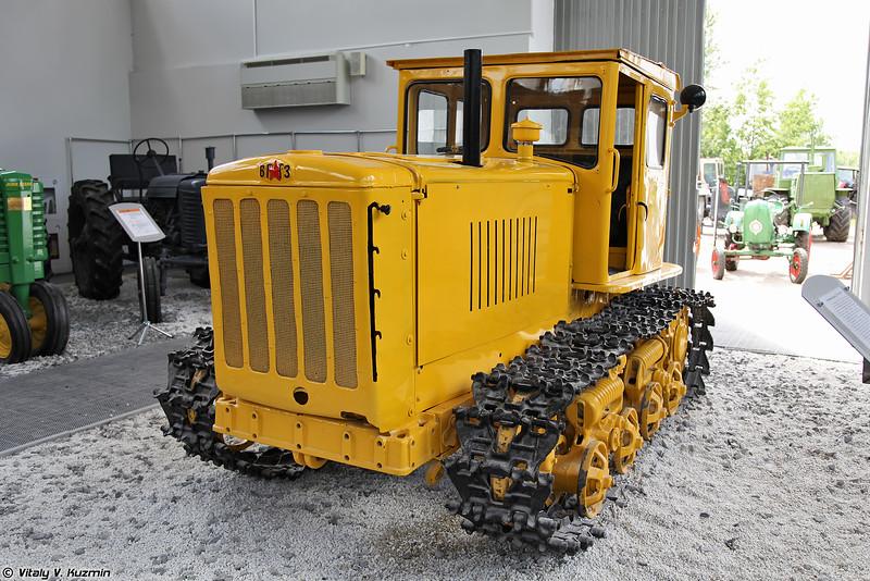 Гусеничный сельскохозяйственный трактор общего назначения ДТ-54 (DT-54 tractor)
