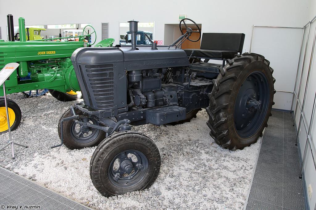 Трактор Т-28 Владимирец (T-28 Vladimirets tractor)