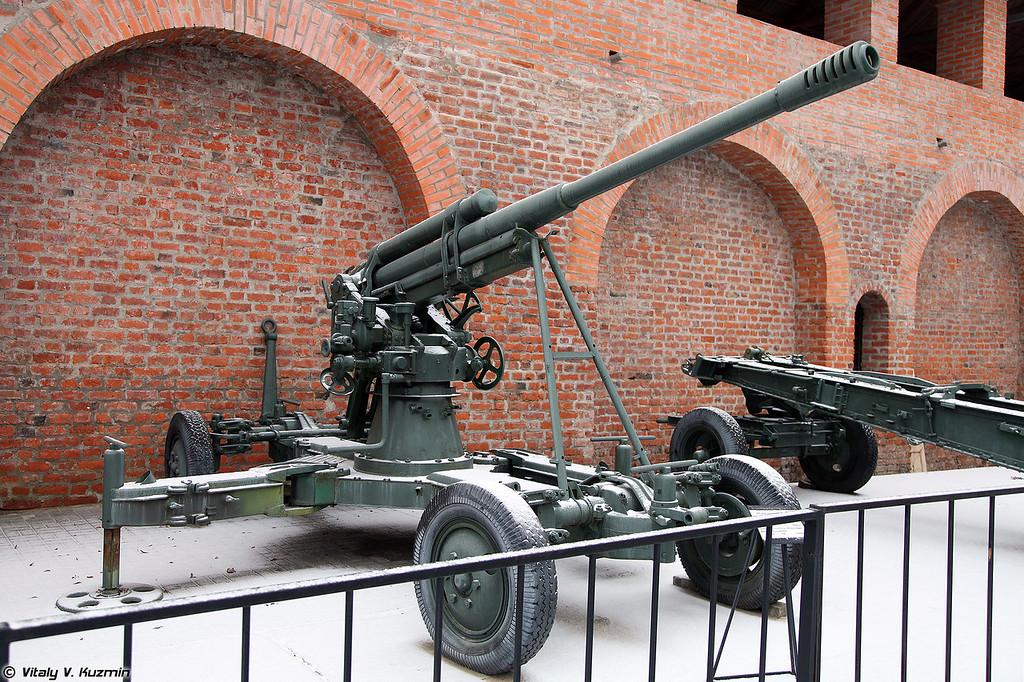 85-мм зенитная пушка образца 1939 года 52-К (85mm air defense gun M1939 52-K)