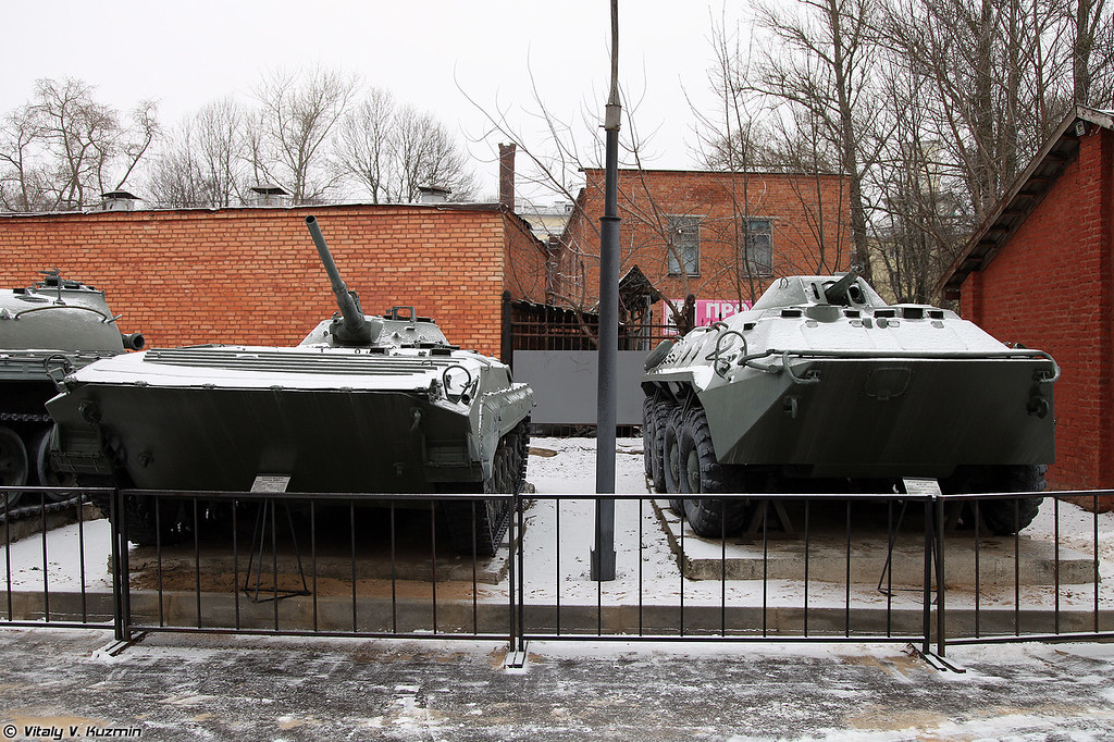 БМП-1 и БТР-70 (BMP-1 and BTR-70)