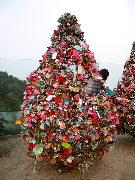 love locks, just like the ones we saw in parts of Germany and Estonia, only many more and much more colorful.