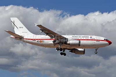 Reino de España (Kingdom of Spain) - Ejército del Aire (Spanish Air Force) Airbus A310-304 T.22-2 - 45.51 (msn 551) LPA (Robbie Shaw). Image: 949262.
