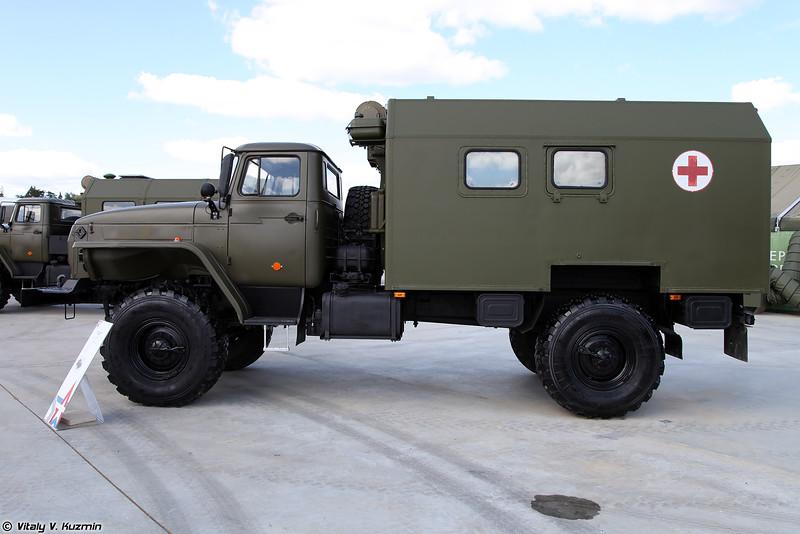Санитарный автомобиль АС4350-1 (AS4350-1 medical vehicle)