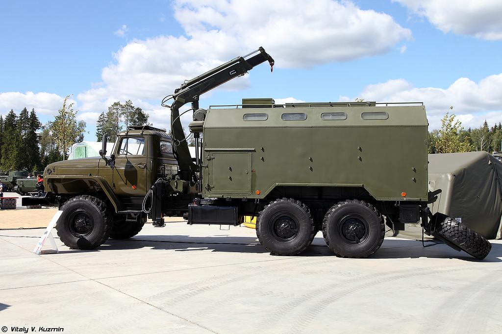 Мастерская технического обслуживания МТО-УБ1 (MTO-UB1 technical assistance and maintenance vehicle)