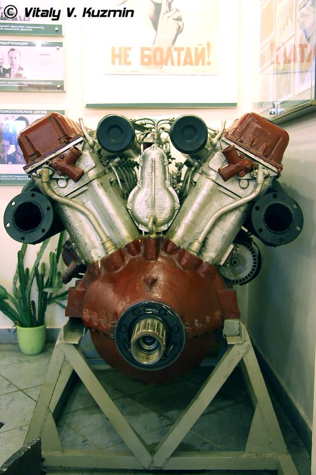 Двигатель В-2-34 (V-2-34 engine)