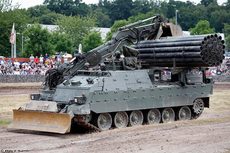 Инженерная машина разграждения Trojan (Trojan AEV)