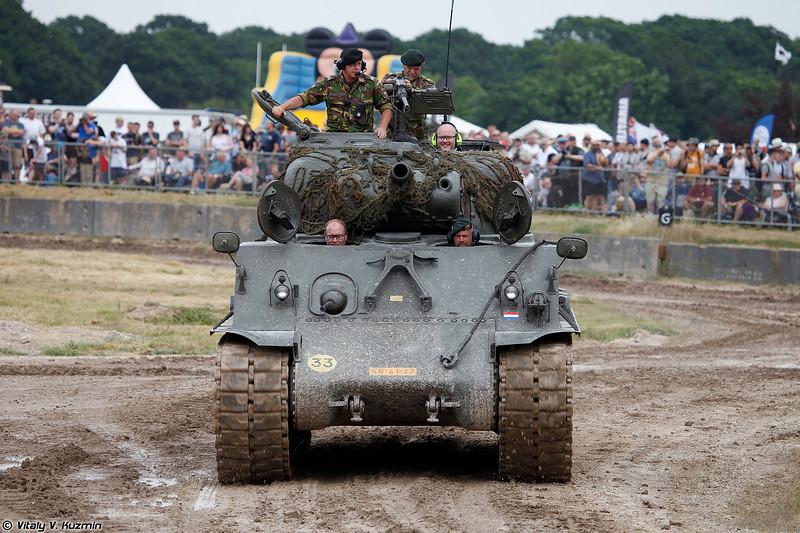 M4A3 Sherman 105mm