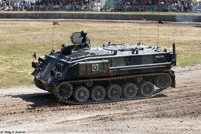 Бронетранспортер FV432 (FV432 armoured personnel carrier)
