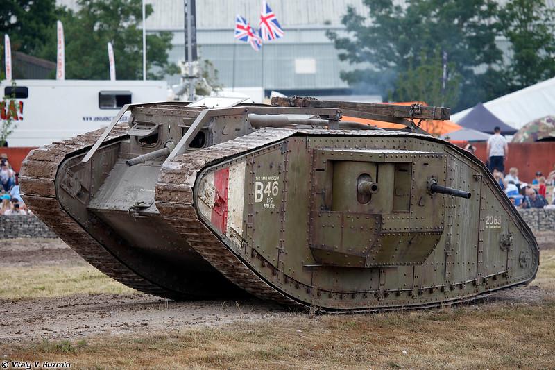 "Реплика танка Mark IV ""самец"" (Mark IV (Male) replica)"