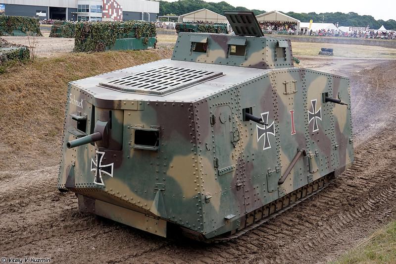 Реплика танка A7V (A7V replica)