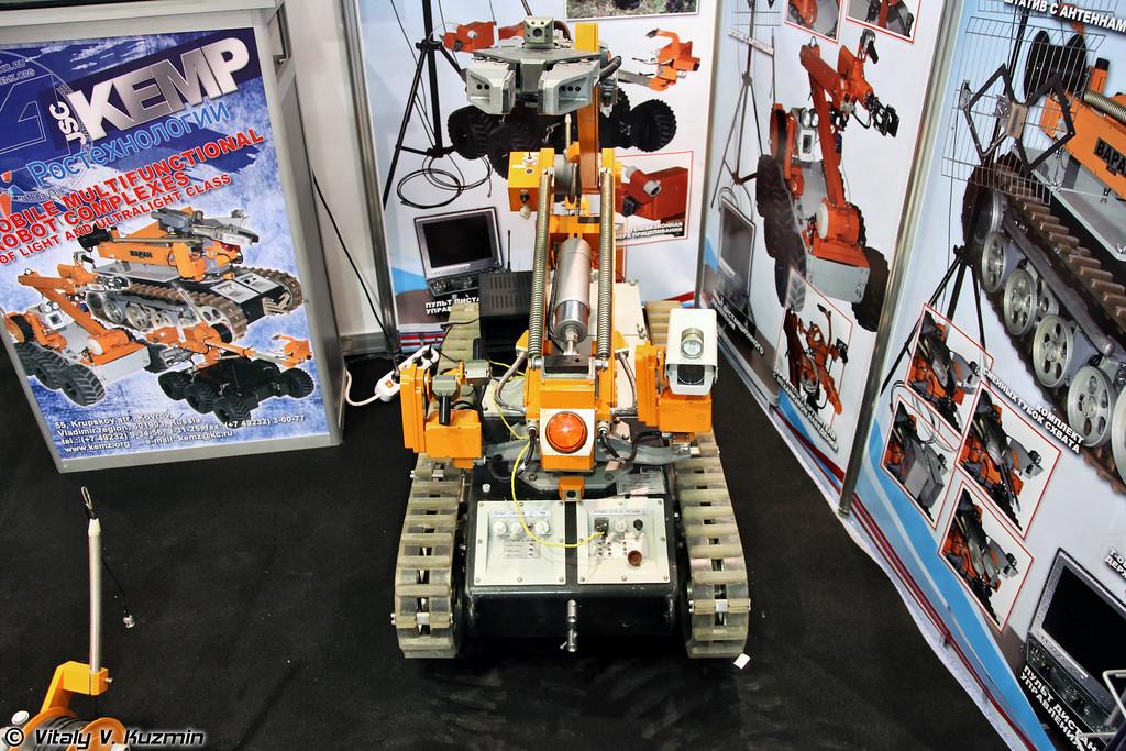 Многофункциональный мобильный робототехнический комплекс легкого класса Варан (Varan remotely operated vehicle)