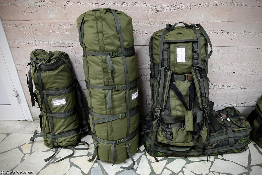 Переходим к снаряжению (Bags and backpacks)