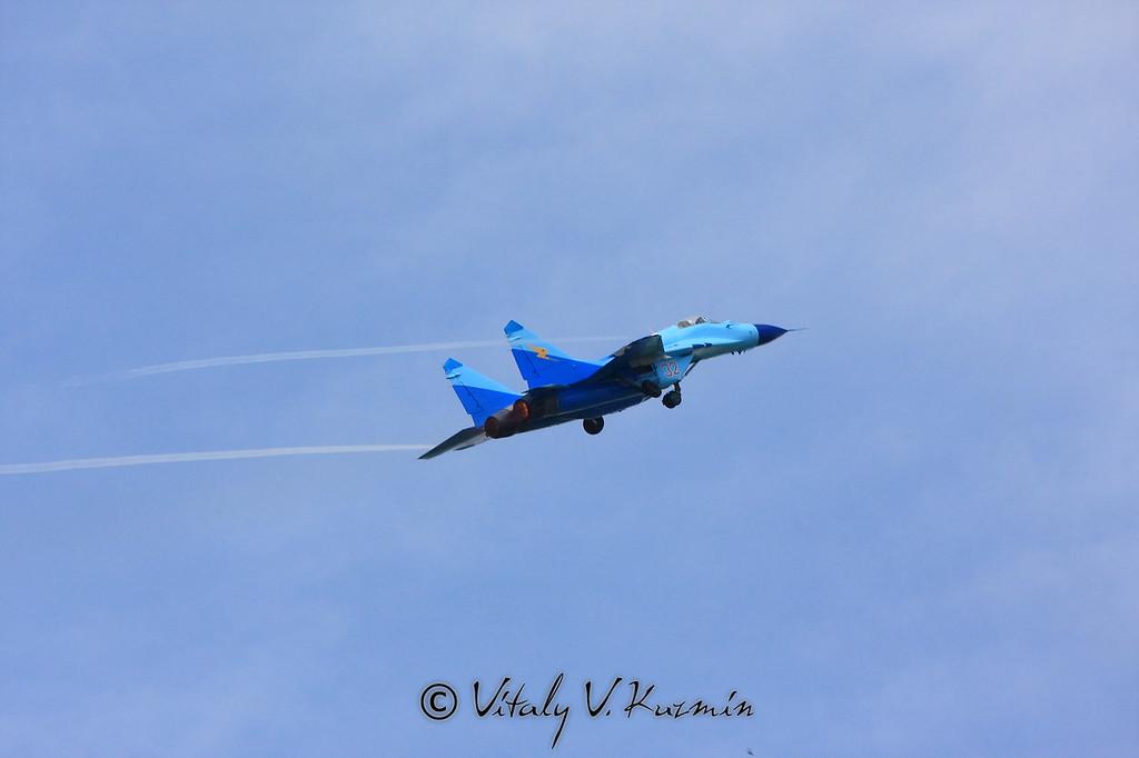 Пилотаж МиГ-29 авиационной группы Соколы России (Falcons of Russia aerobatics group MiG-29)