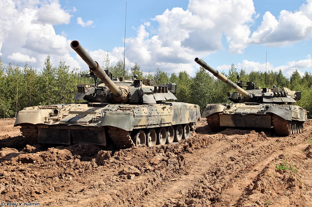 Парочка Т-80У (A couple of T-80U)