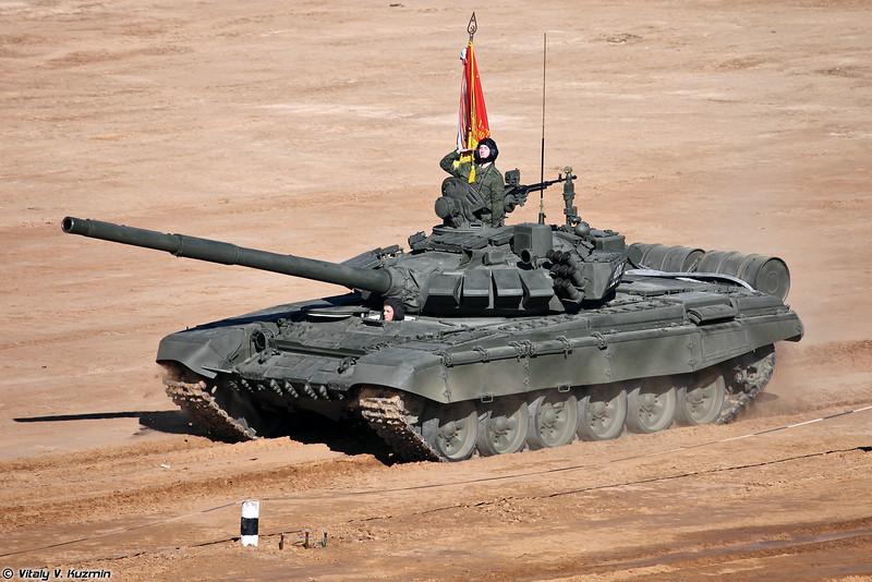 Впервые открыто продемонстрировали Т-72Б3 (First public demonstration of new T-72B3)