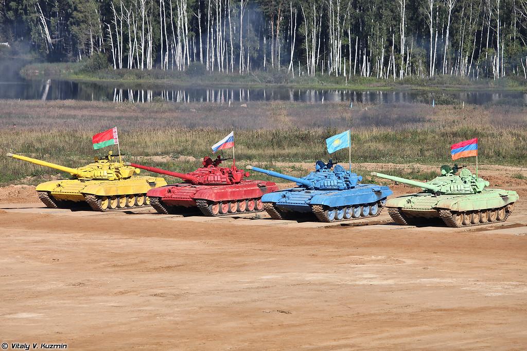 Танки Т-72Б участников соревнований (T-72B tanks were used for the competition)