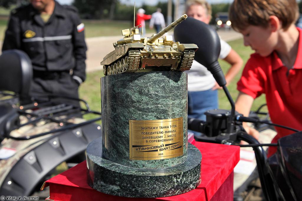 Кубок достался экипажу из Каменки (Tank biathlon cup)