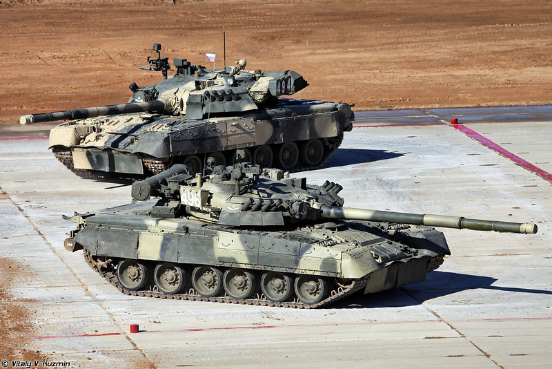 Затем начался танковый балет в исполнении Т-80У (Tank ballet with T-80U)