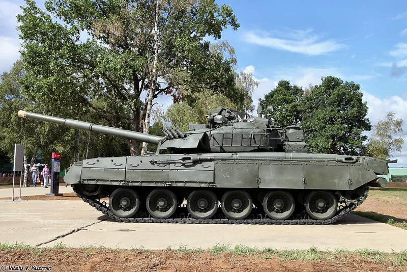 Т-80УЕ-1 (T-80UE-1 tank)