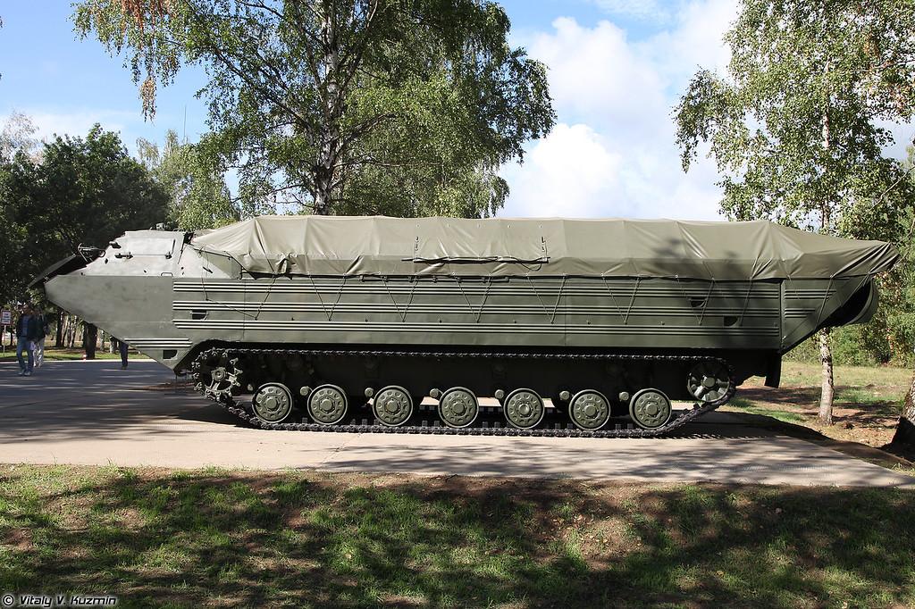 Плавающий транспортер ПТС-2 (PTS-2 amphibious vehicle)