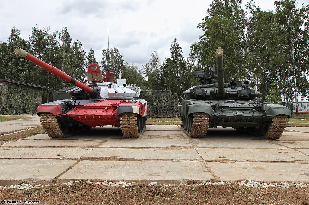 Т-72Б3М и Т-90А (T-72B3M and T-90A tanks)