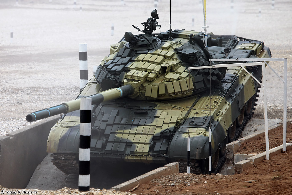 Танк Т-72Б (T-72B main battle tank)