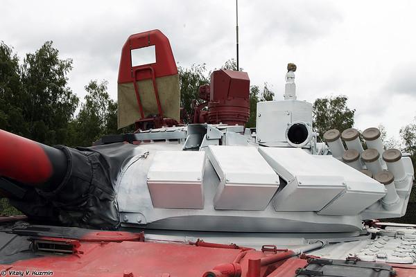 http://77rus.smugmug.com/Military/Tank-Biathlon-2014/i-TCs5D4v/0/M/TankBiathlon14part1-40-M.jpg