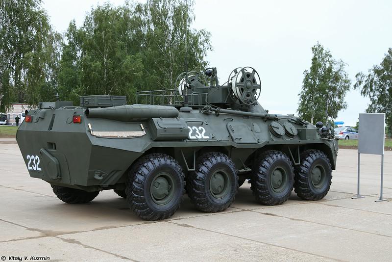 Бронированная ремонтно-эвакуационная машина БРЭМ-К (BREM-K wheeled armoured recovery vehicle)