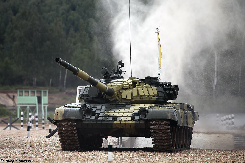 Российский этап проходил на танках Т-72Б (T-72B tanks were used for internal qualification)