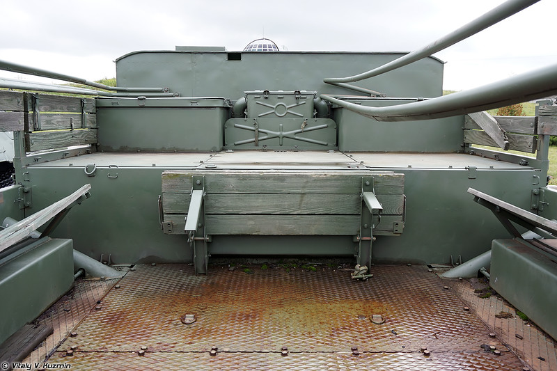 Артиллерийский тягач АТС-59Г (ATS-59G artillery tractor)