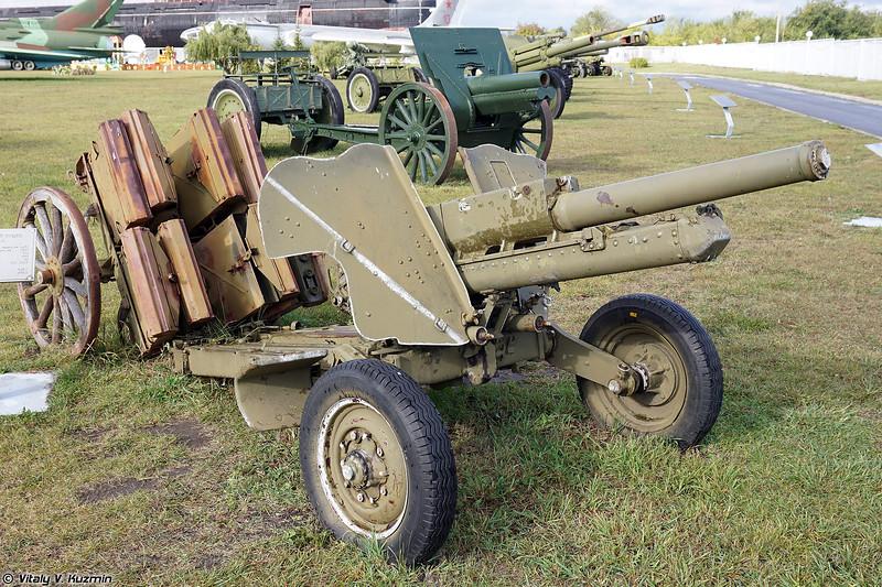 76-мм горная пушка М-99 (2A2 / M-99 76mm)