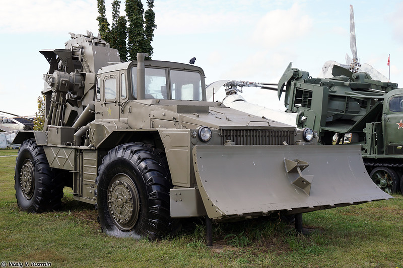 Траншейная машина ТМК-2 (TMK-2 trenching vehicle)