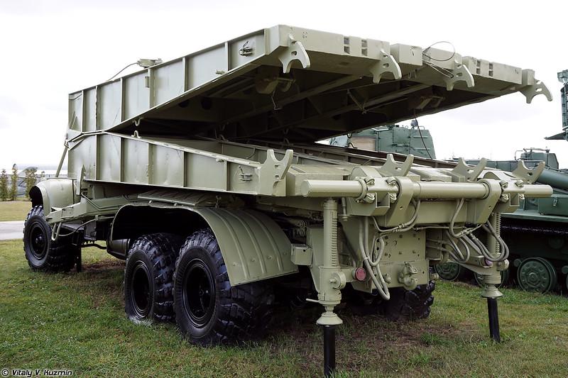 Тяжелый механизированный мост ТММ-3 (TMM-3 bridge-laying vehicle)