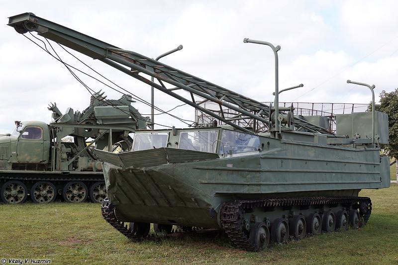 Плавающий самоходный копер ПСК-500 (PSK-500 amphibious construction vehicle)