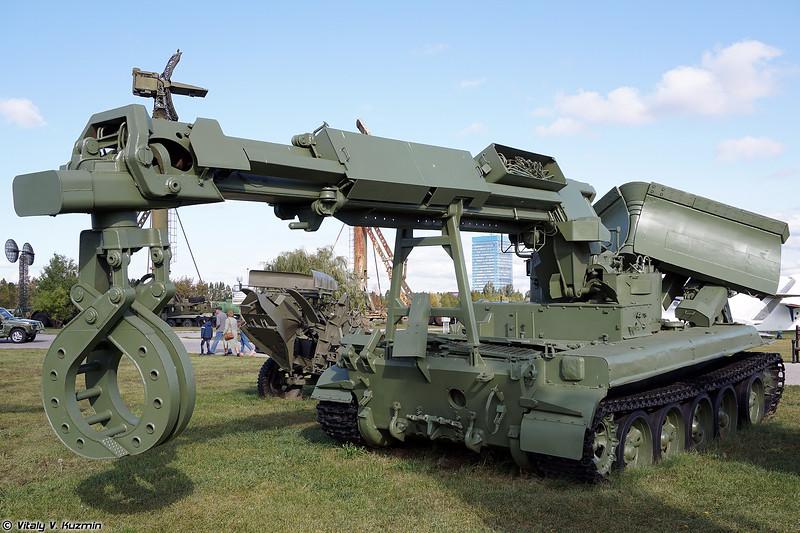Инженерная машина разграждения ИМР-1 (IMR-1 obstacle clearing vehicle)