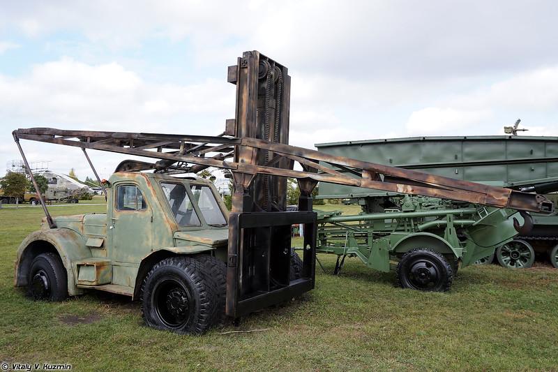 Автопогрузчик ЛЗА-4008 (LZA-4008 lift truck)