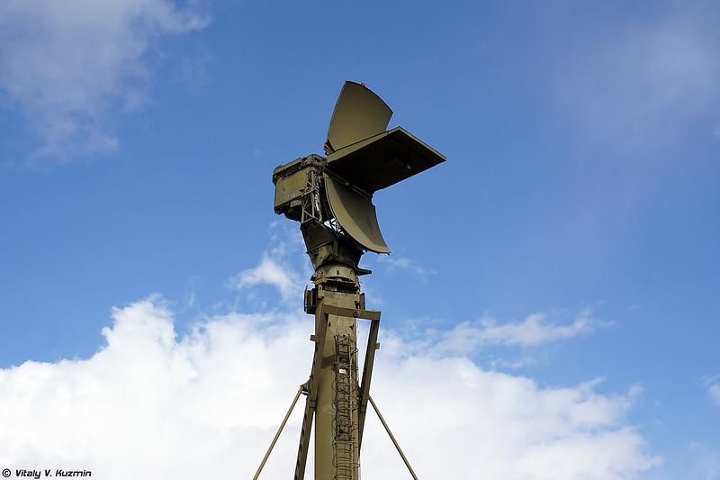 НВО 5Н66М на вышке 40В6М (5N66M radar on 40V6M mast)