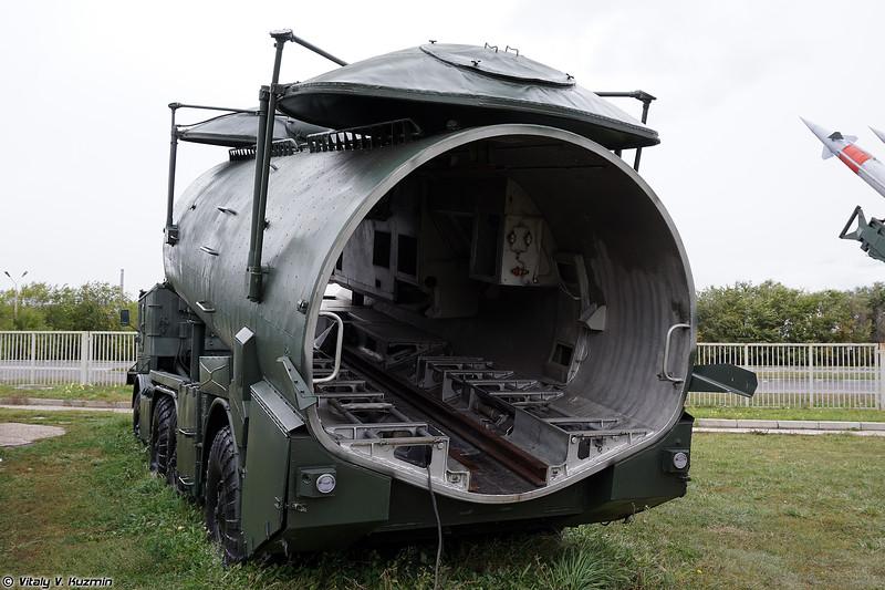 Пусковая установка СПУ-143 беспилотного комплекса ВР-3 Рейс (SPU-143 launcher from VR-3 Reys UAV system)