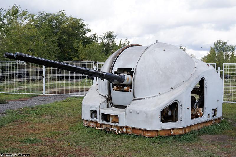 Артиллерийская установка АК-725 (AK-725 naval gun)