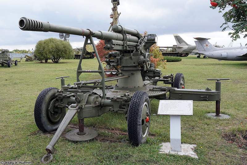 85-мм зенитная пушка 52-К (52-K 85mm anti-aircraft gun)